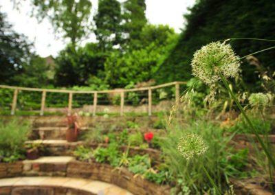 Sloping_gardens_06