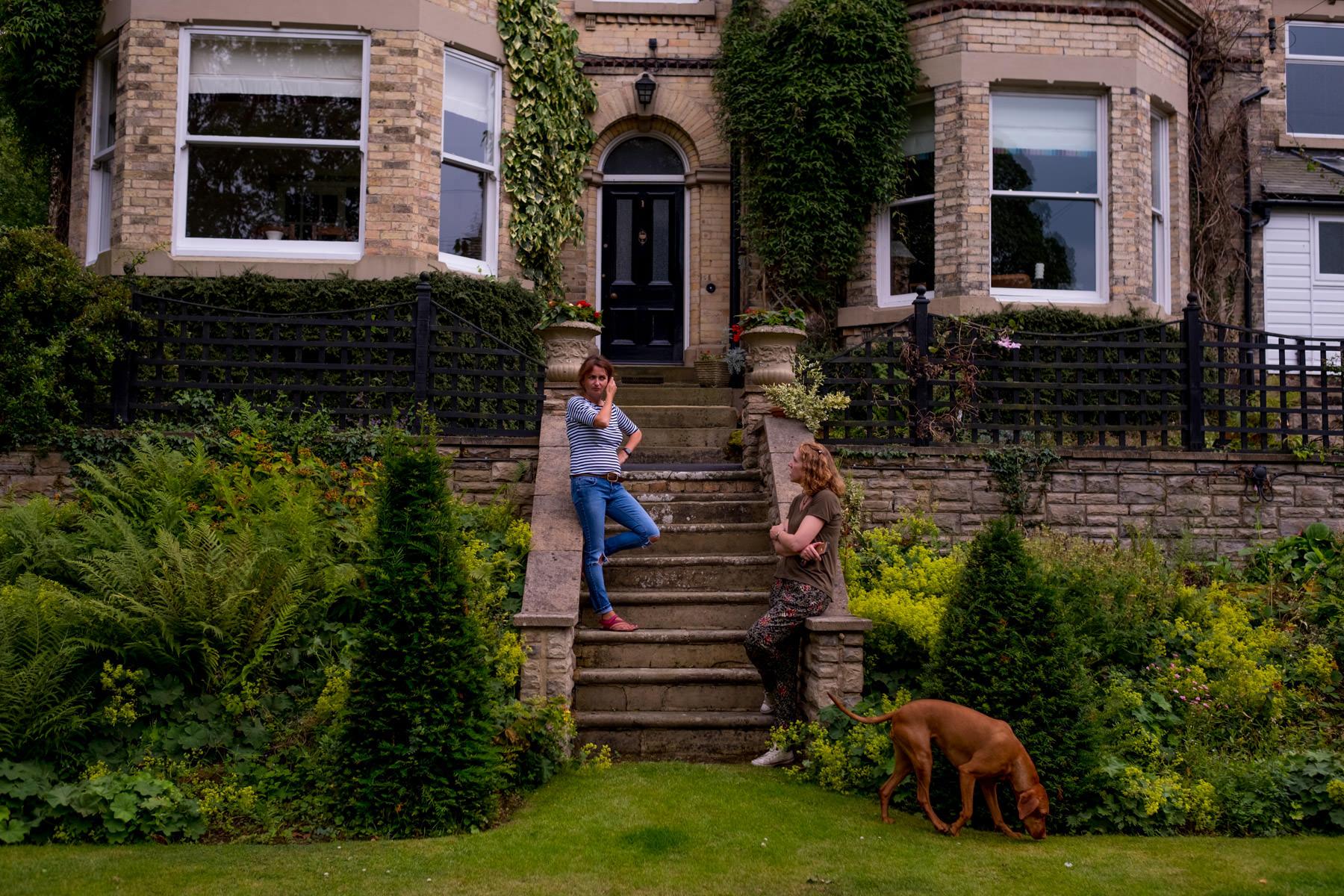 how to build garden steps uk