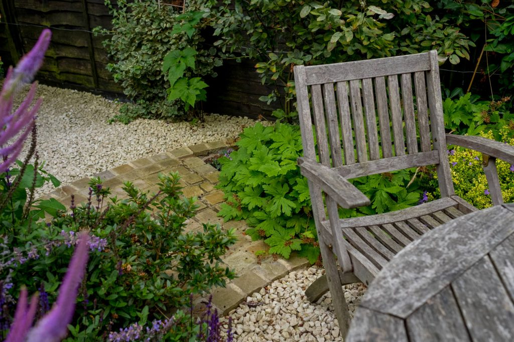 Gravel garden with geranium