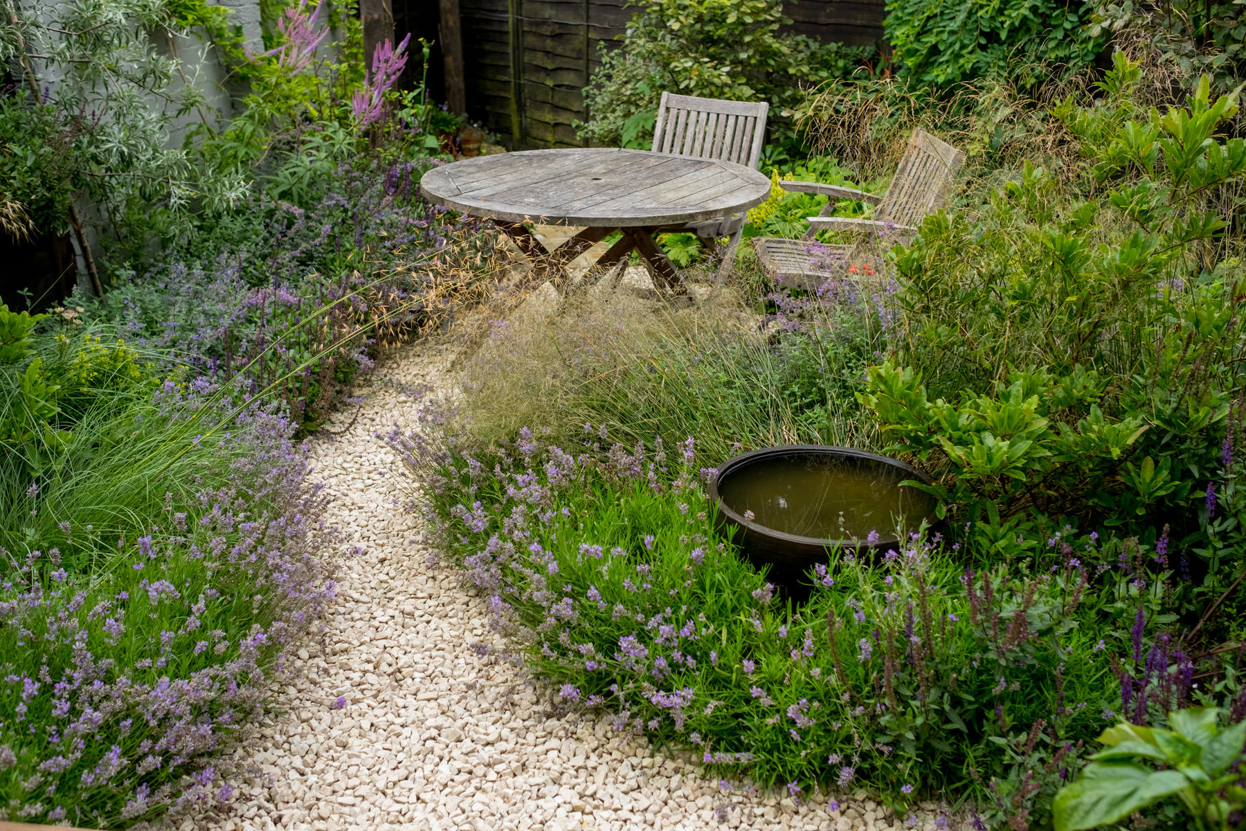 Beautiful Small Garden Design.