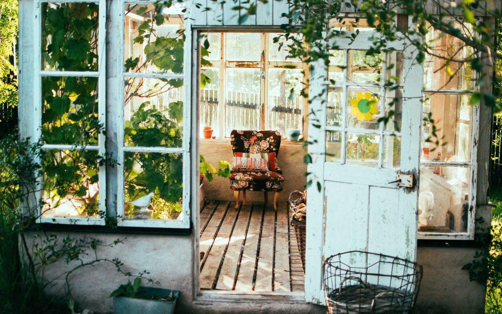 Greenhouse. Leeds Garden design and build