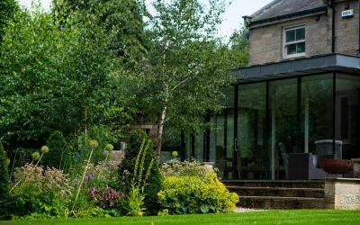 Contemporary Vs Classic Garden Design